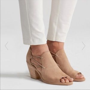 NEW Eileen Fisher Nikki tan suede heel sandals 9.5